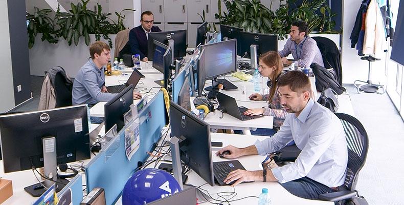 Noi suntem echipa Microsoft România! Hai să ne cunoaștem!